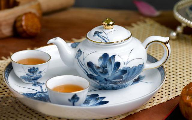 Bộ trà 0.35L Sen Vàng 01357234503